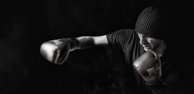 man doing boxing 163403