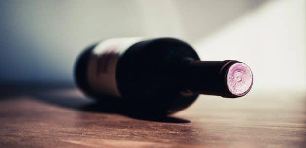 table wine shadow macro 121191